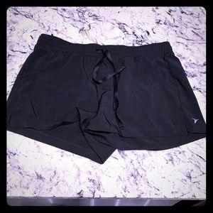NWOT Black Old Navy Athletic Shorts Size L